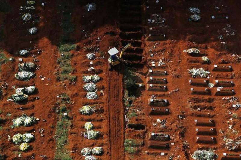 Κορονοϊός: Κόλαση κρουσμάτων, εκατόμβες νεκρών σε Βραζιλία, ΗΠΑ, Αργεντινή 25