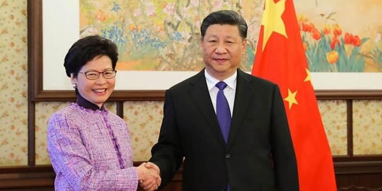 Χονγκ Κονγκ: Ο νόμος πέρασε. Οι αντιδράσεις των ξένων ενισχύουν τον Σι 23