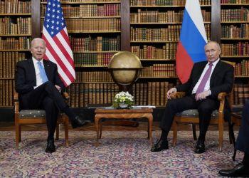 Τζο Μπάιντεν και Βλάντιμιρ Πούτιν