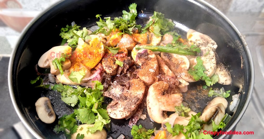 add rest of the ingredients of mushroom fry