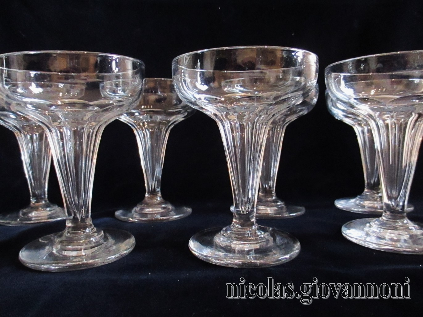 8 coupes  Champagne  Coupes champenoises  BACCARAT  Cristal  Catalogue  Cristal de