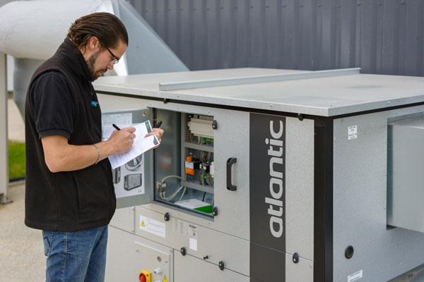 Maintenance climatisation des professionnels en île de France