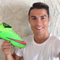 Video: Cristiano Ronaldo - Footballing Superstar - ITV Documentary