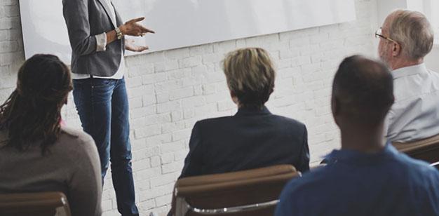 Programas Grupales - Seminarios Ad Hoc