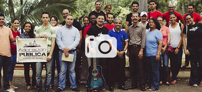 Fotos: Adoración Publica @ Parque Boulevard Hermanas Mirabal