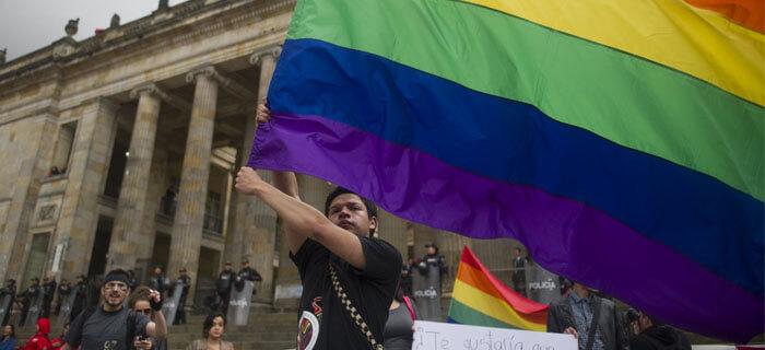 Colombia aprueba el matrimonio homosexual