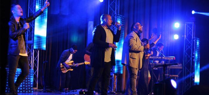 Moriah Worship nos presenta el video «Nada como tu presencia Live Ft. Jairo Frías»