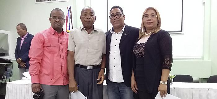 ADOCOC y CLD celebran Conferencia en UTECO Cotuí