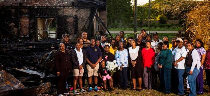 Pastores perdonan a satanista que incendió 3 iglesias bautistas centenarias