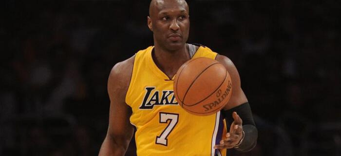 Lamar Odom estrella de la NBA acepta a Jesús como su Salvador