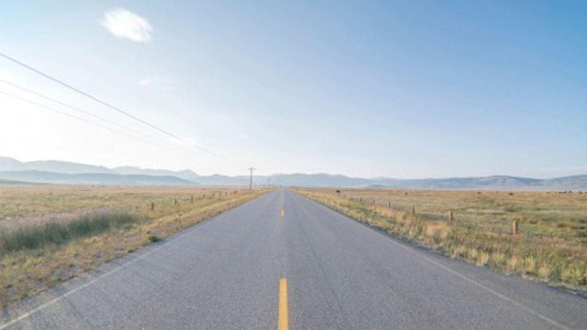 Reflexión: Caminos pavimentados y caminos de tierra