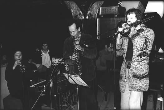 musica_stevelacy1977.jpg