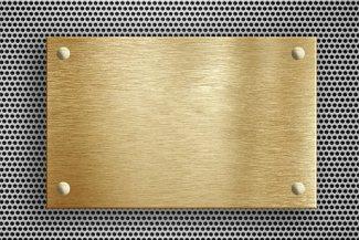 Targa in ottone personalizzata con distanziali