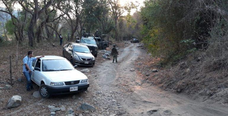 Emboscan y matan a seis policías tras enfrentamiento (VIDEO)