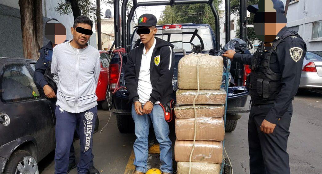 Pasean diablito con mariguana en Tepito