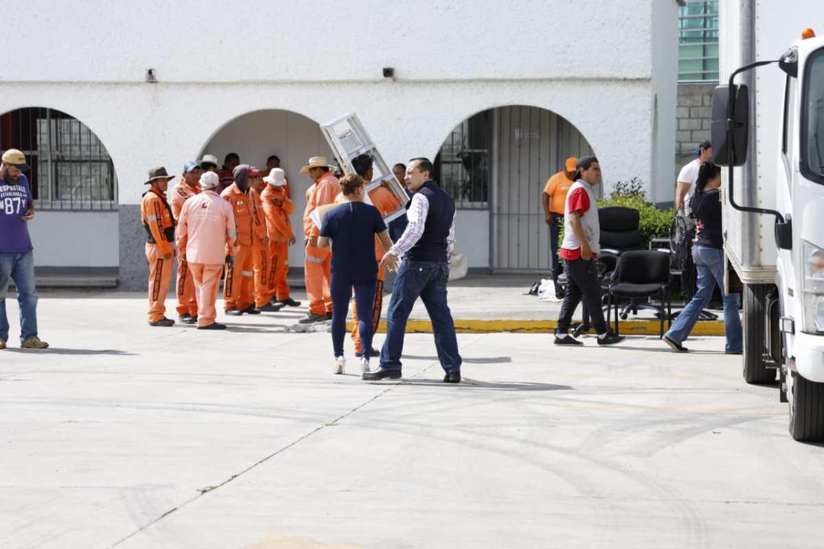 Desalojan oficinas de la delegación de la SEP en Hidalgo