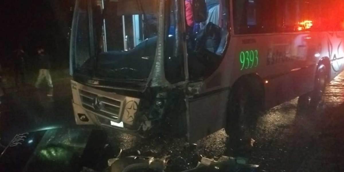 Choque entre autobús y tráiler deja cuatro lesionadasen la Pachuca-Tulancingo