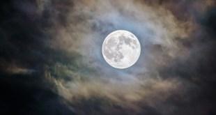 No te pierdas hoy la luna fría, en el cielo de Hidalgo