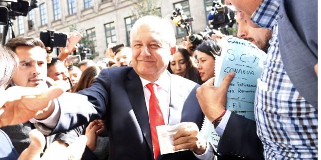 Fijan en 108 mil 656 pesos sueldo de López Obrador