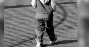 Encuentran a niño de 3 años deambulando solo en calles de CDMX