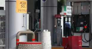 En Pachuca baja precio de la gasolina, pero hay desabasto
