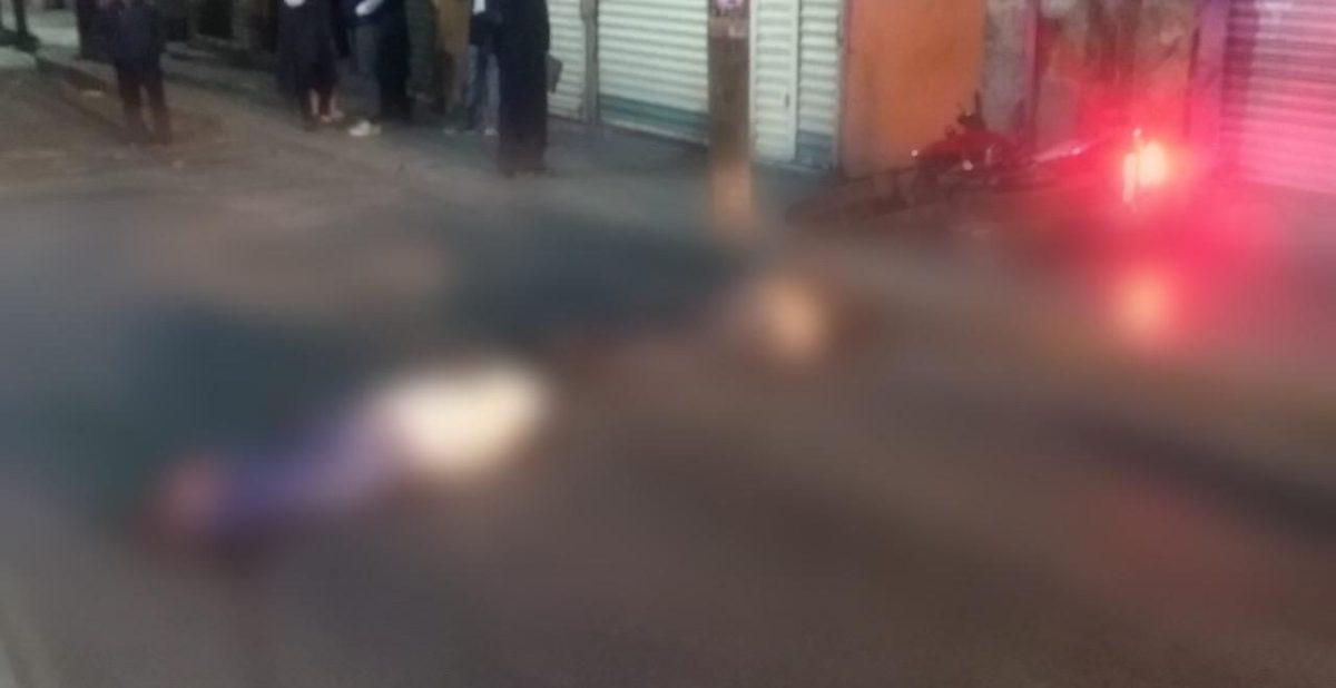 Mueren dos personas tras choque de motocicleta en Pachuca