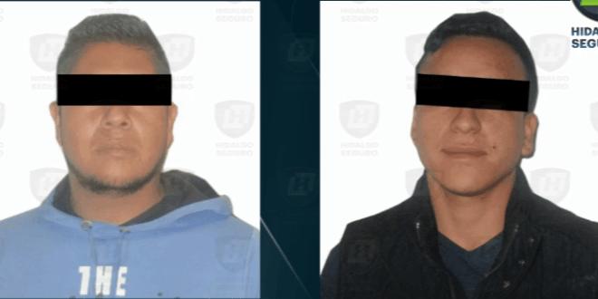 Detienen a dos tras presunto robo de vehículo en Tulancingo (VIDEO)