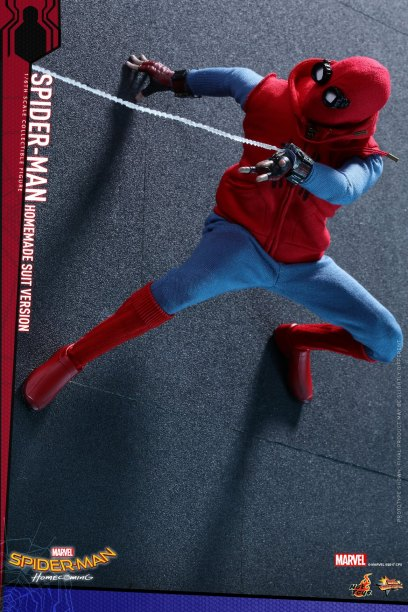 Hot Toys Spidey (16)