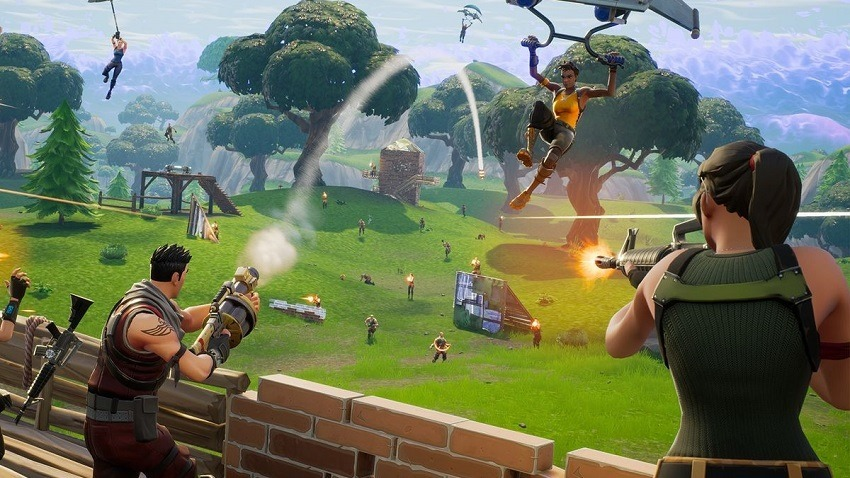 Ninja Plays Fortnite With Drake, Smashes Twitch Viewership Record