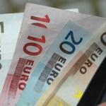 Italiani, risparmi e consumi