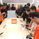 Xiaomi showroom display smartphone