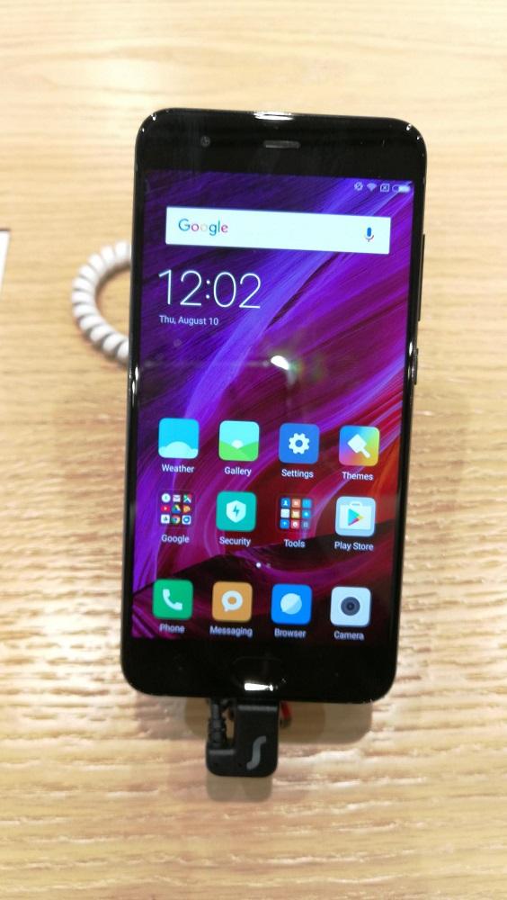 Xiaomi - Mi 6- front