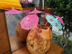 Nokia 8 - City walk-coconuts