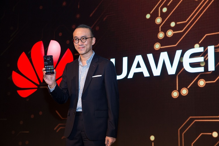 Mr.Clement Wong, Head of Global Product Marketing Huawei at HUAWEI Mate 10 Series Middle East & Africa Launch Event in Dubai
