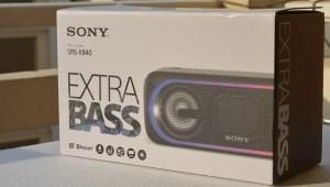 Sony XB40 wireless speaker pack shot