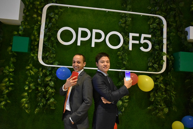 (L to R): OPPO F5 launch with Mohammad Naoufel Madih, Marketing Manager at OPPO Gulf & Ivan Wu - General Manager of OPPO Gulf