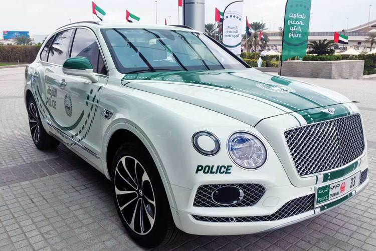 Dubai Police added a Bentley Bentayga 2018 to its supercars patrol fleet.