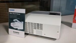Casio-Mercury-free-Short-throw-Projector