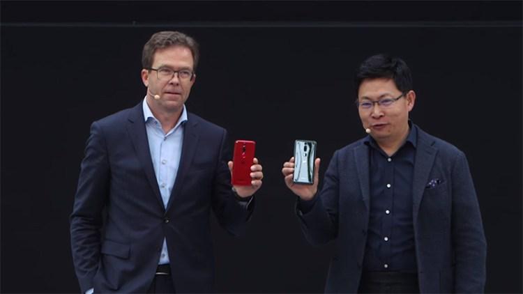 Dr, Jan Becker & Richard Yu launching-the Porsche Design Huawei Mate RS smartphone in Paris