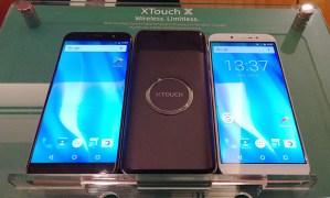 XTouch-X-smartphone-with-Wireless-charging-battery-pack