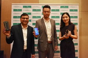 Sandeep,-Tim-&-Icey-with-XTouch's Xbot-Family-phones