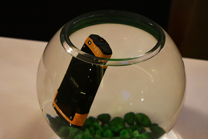 XBot-Swimmer-unique feature-phone can float on water and has IP68 rated ceritfied.