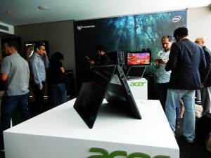 Display-area-at-Acer event