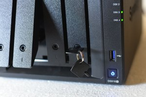 Synology DiskStation DS918+ has locking mechanism to avoid unauthorized removal of Hard Drives from the unit.