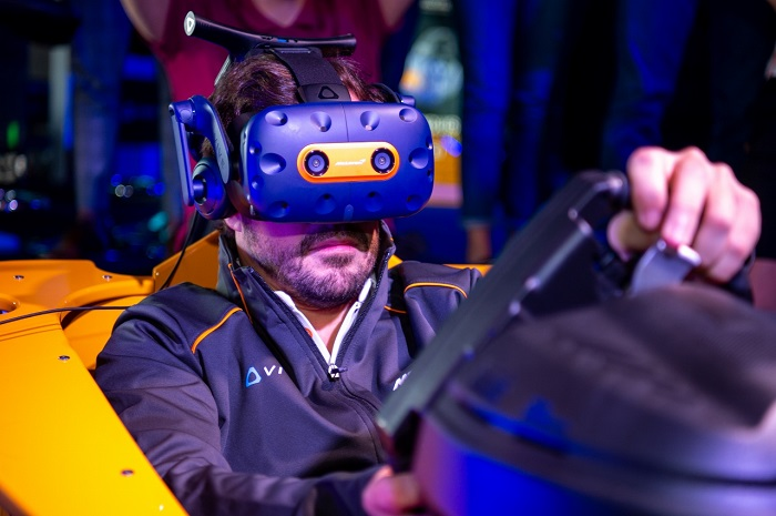 Fernando Alonso in VR Sim