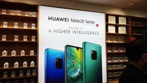 Huawei_Store_in_Mate_Series_branding