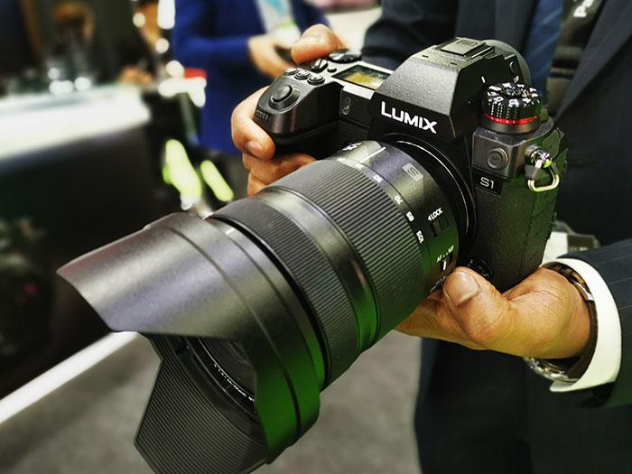 Panasonic_Lumix-S1_Full_Frame_Mirrorless_Camera