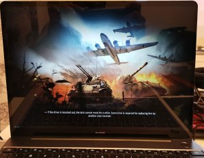 Huawei_MateBook_13-Loading-game