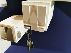 Schneider-Electric_3-switch-with-Key-holder