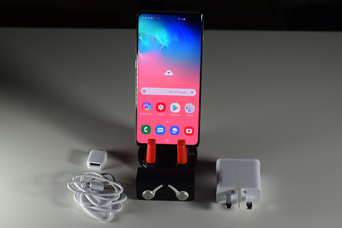Samsung_Galaxy_S10Plus-Package